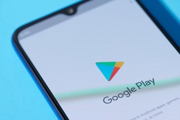 Cảnh giác với phần mềm độc phát tán qua App Store và Google Play