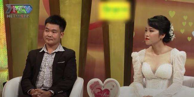Vợ chồng MC Tuấn Anh khủng hoảng hôn nhân vì tiền