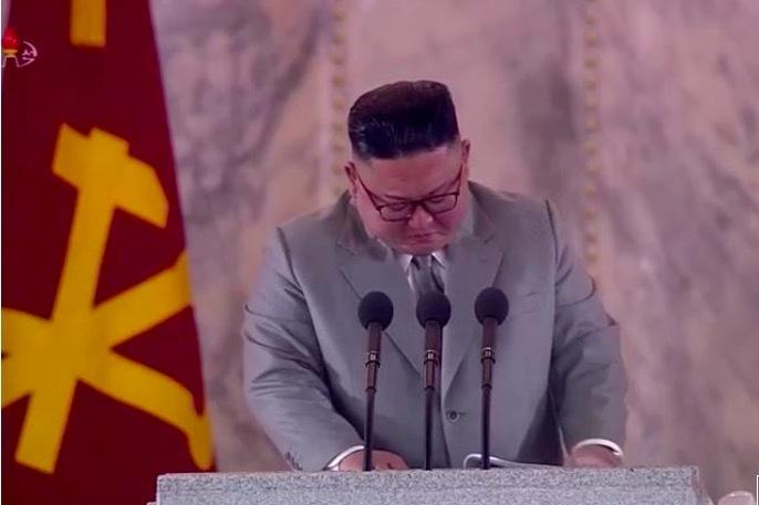 Video nhà lãnh đạo Triều Tiên Kim Jong Un xúc động tới rơi lệ