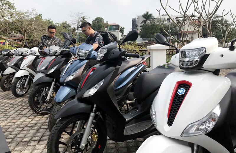 Thời khó khăn, dân Việt vẫn tung tiền chơi xe ga hạng sang