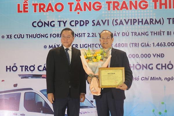 Savipharm tặng Y tế TP.HCM nhiều thiết bị phòng chống dịch