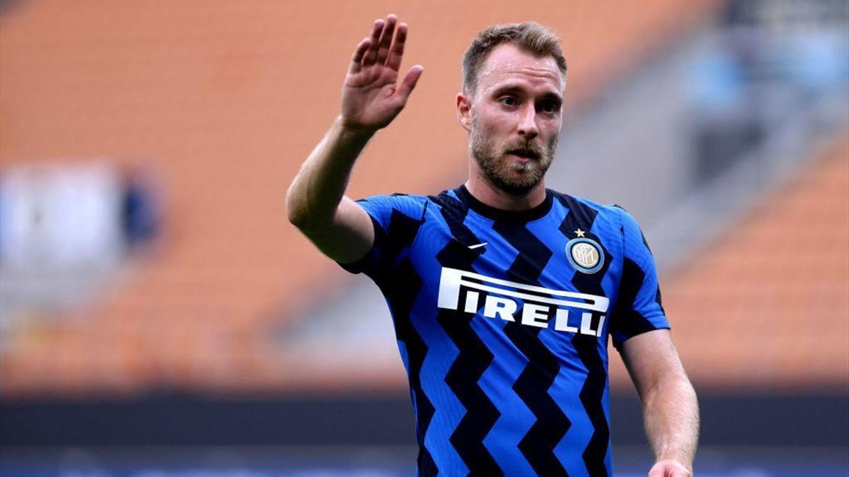 MU mua Tarkowski, Inter sắp có Kante