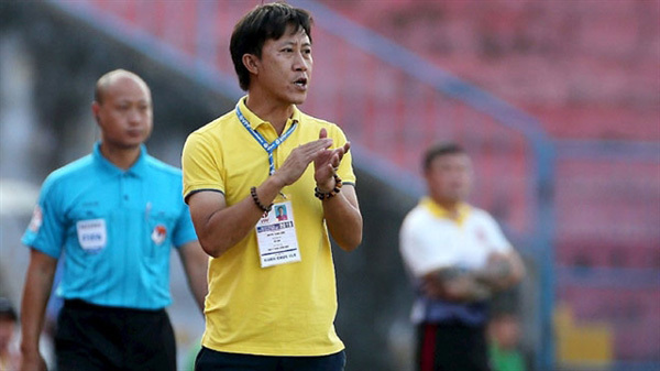 Bottom-of-the-table Quang Nam hire new manager