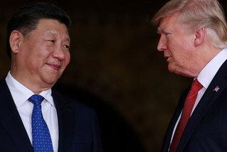 Donald Trump dồn dập tung đòn, Trung Quốc im lặng chờ thời