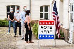 Hơn 10 triệu người Mỹ đã đi bỏ phiếu sớm bầu tổng thống