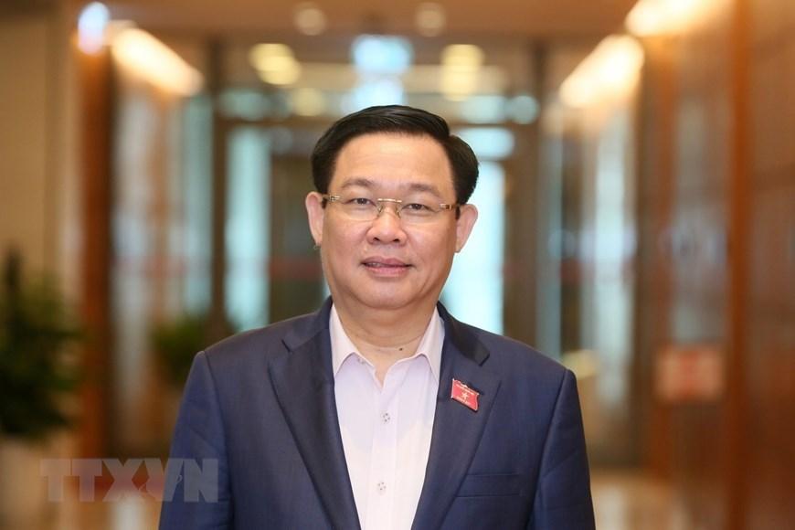 Vuong Dinh Hue re-elected Hanoi Party Committee Secretary