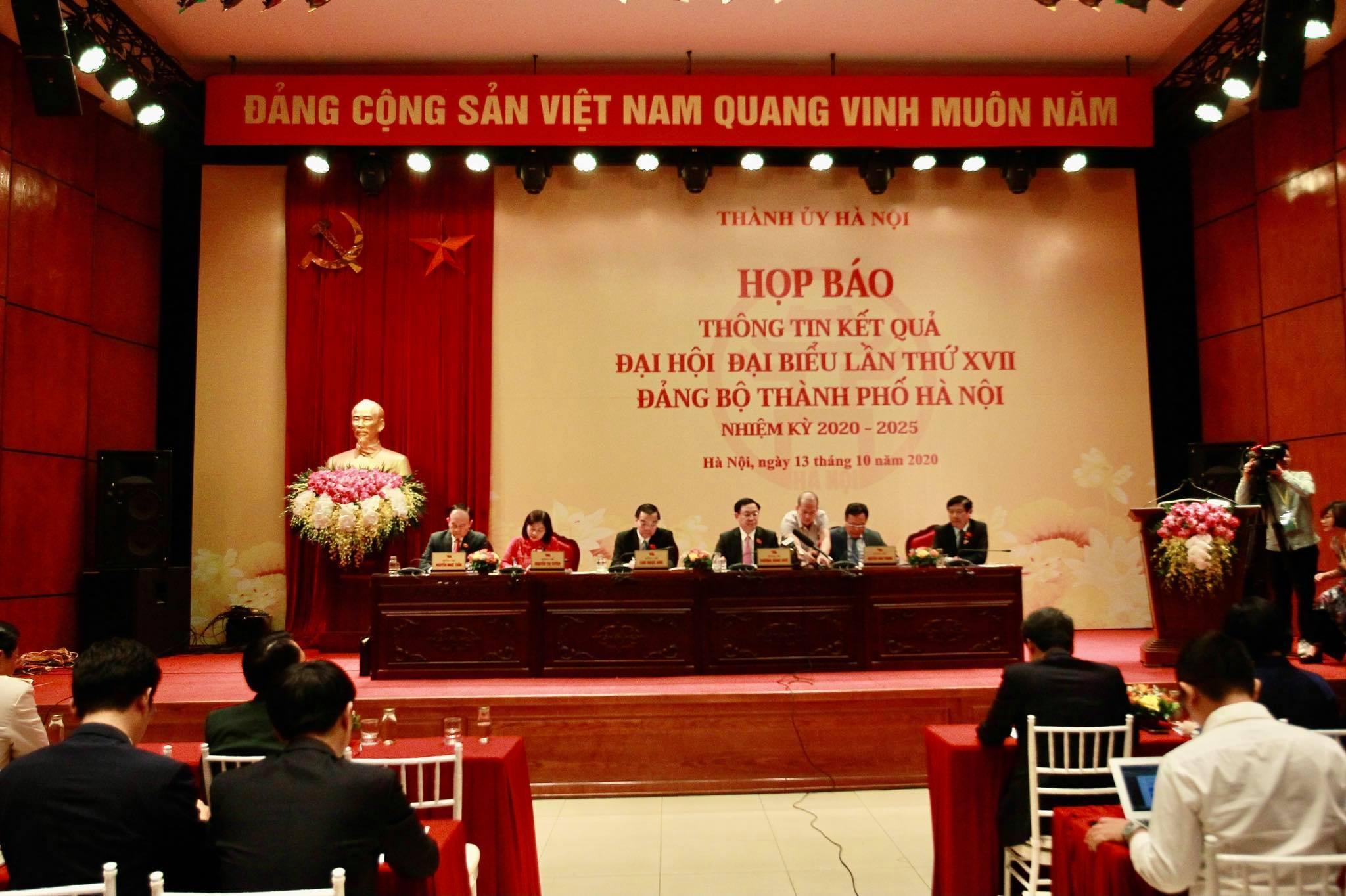 Bí thư Hà Nội: Đặt mục tiêu mỗi năm khám sức khỏe công dân một lần