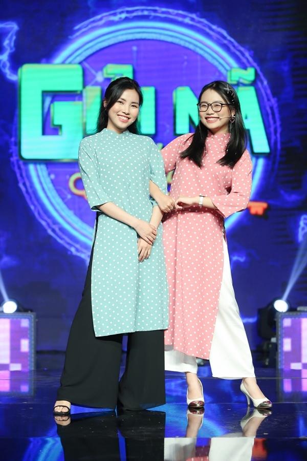 Chị gái của Phương Mỹ Chi lần đầu xuất hiện trên truyền hình