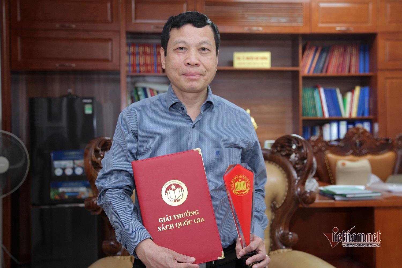 Cuốn sách đầu tiên của ngành y đạt giải A Sách Quốc gia