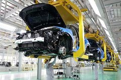 Manufacturers aim to make enough cars for Vietnamese market