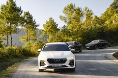 VinFast Lux A2.0 - sedan hạng sang đắt khách tháng 9
