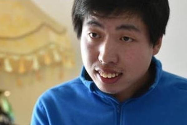 Cuộc sống của cậu bé bị bại não từng là hiện tượng toán học Trung Quốc