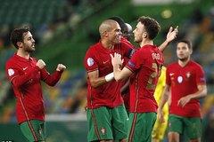 """Vắng Ronaldo, Bồ Đào Nha vẫn """"nghiền nát"""" Thụy Điển"""