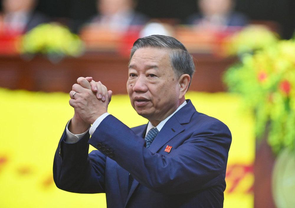 Thủ tướng Nguyễn Xuân Phúc dự, chỉ đạo Đại hội Đảng bộ TP.HCM