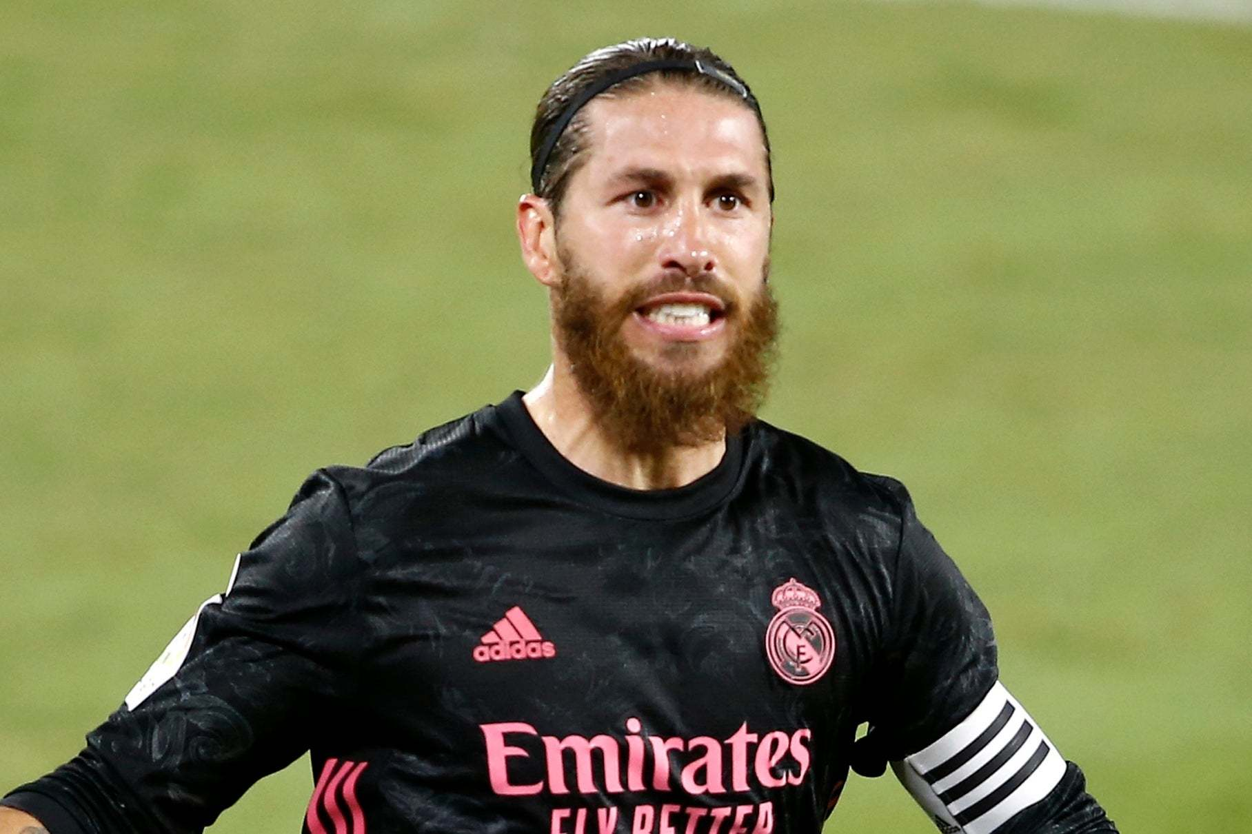 MU chiêu mộ Pau Torres, Juventus lấy Aouar