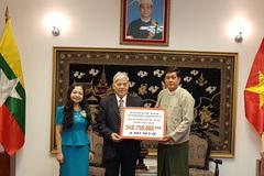 Trao hàng vật tư y tế hỗ trợ Myanmar