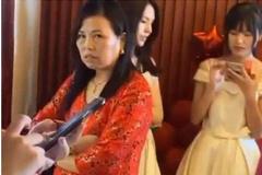Chú rể bị mẹ vợ chặn, không cho đón dâu vì chỉ bỏ phong bì 60 triệu