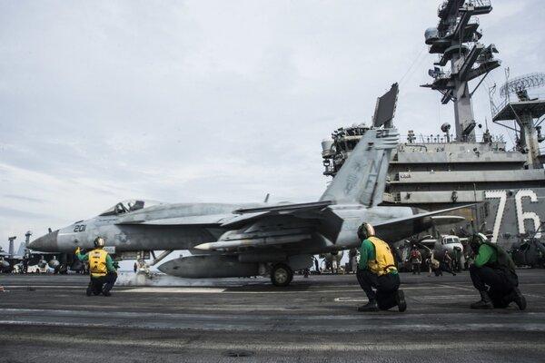 Nhóm tác chiến tàu sân bay Mỹ tái triển khai ở Biển Đông