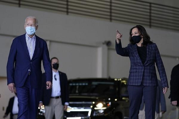 Thành viên đội tranh cử của cựu phó tổng thống Mỹ Biden mắc Covid-19
