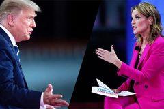 Nữ nhà báo nhận 'mưa lời khen' vì màn hỏi xoáy ông Trump