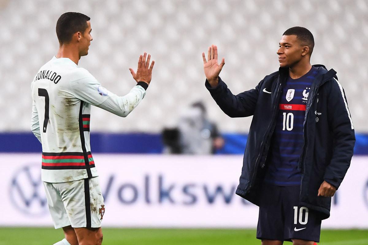Ronaldo dàn xếp để Juventus nổ 'bom tấn' Mbappe