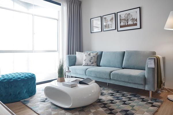 Mẹo bài trí sofa trong phòng khách giúp gia chủ 'ăn nên làm ra'