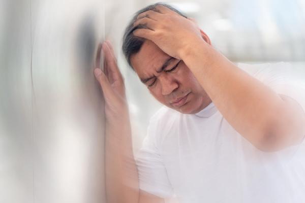 2 dấu hiệu điển hình cảnh báo đột quỵ ở người người mỡ máu cao