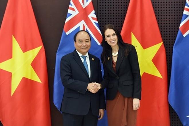 Thủ tướng Nguyễn Xuân Phúc chúc mừng Thủ tướng New Zealand