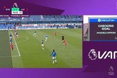 Liverpool tức giận, yêu cầu BTC xem lại VAR sau trận hòa Everton