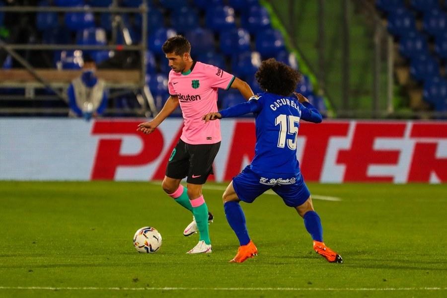 Messi bị khóa chặt, Barca phơi áo trước Getafe