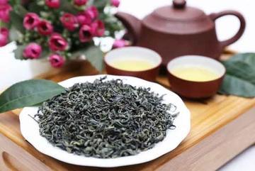 Việt Nam có 3 loại trà đắt bậc nhất, trong đó có loại ướp bằng 'quốc hoa'