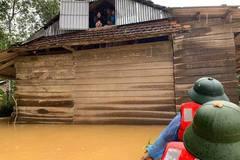 Hơn 200.000 học sinh ở Hà Tĩnh phải nghỉ học do mưa lũ