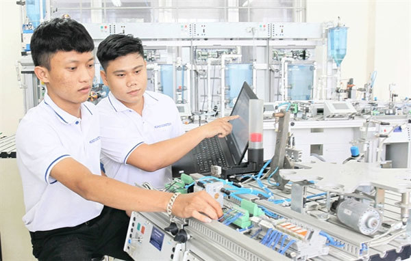 HCM City reaches vocational training targets