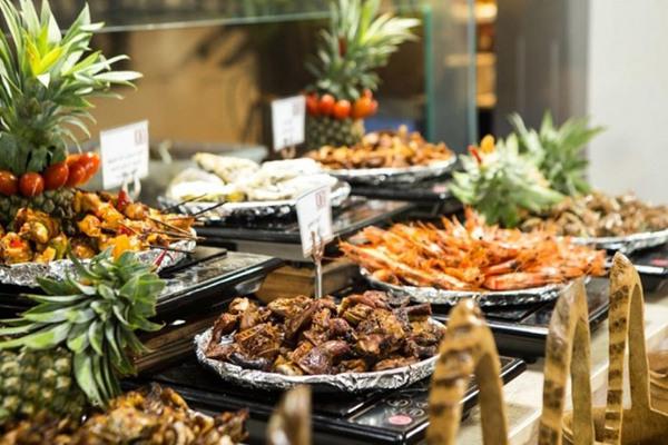 10 bí mật về bữa buffet mà nhân viên nhà hàng không muốn thực khách biết