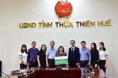 Bạn đọc VietnamNet trao 300 triệu đến gia đình phóng viên hy sinh ở Rào Trăng 3