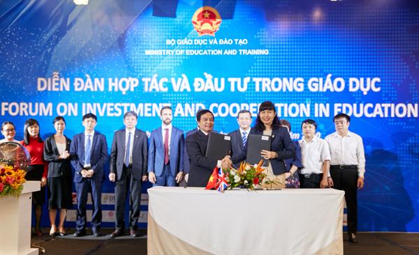 ĐH Nguyễn Tất Thành bắt tay ICAEW nâng cao chất lượng đào tạo