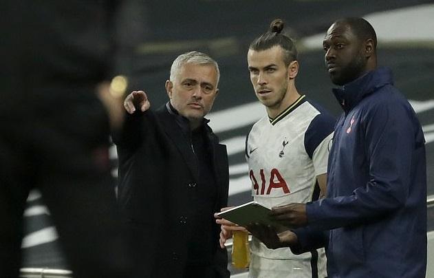 Bale gây sốc khi tính đường giải nghệ