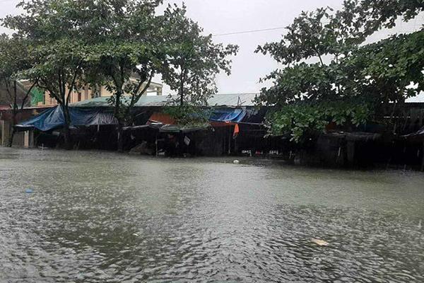Dự báo thời tiết 20/10: Trung Bộ nhiều nơi vẫn ngập lụt
