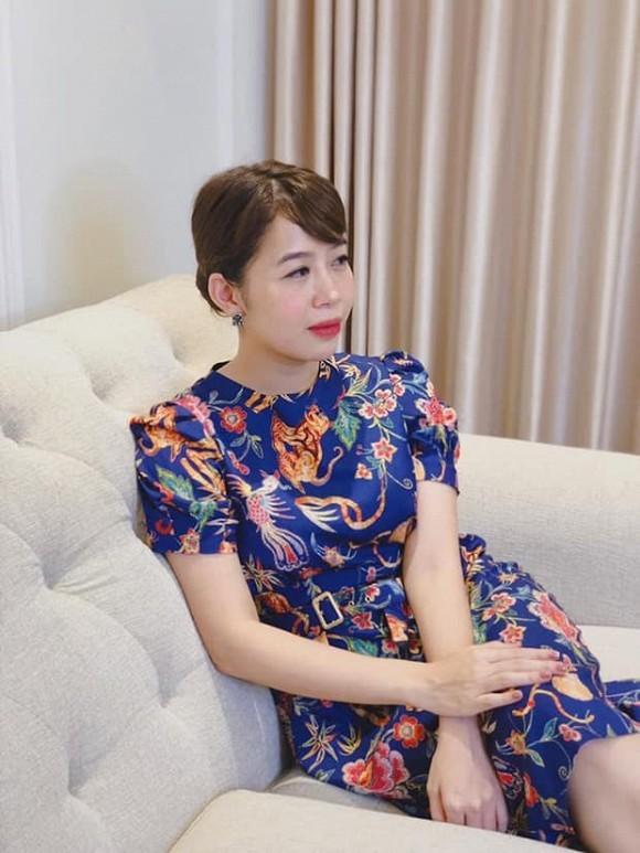 MC Diệp Chi ủng hộ 4 tấn gạo giúp đồng bào miền Trung