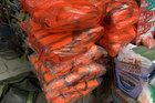 Miền trung lũ lớn, áo phao cứu sinh 'cháy hàng' ở Hà Nội
