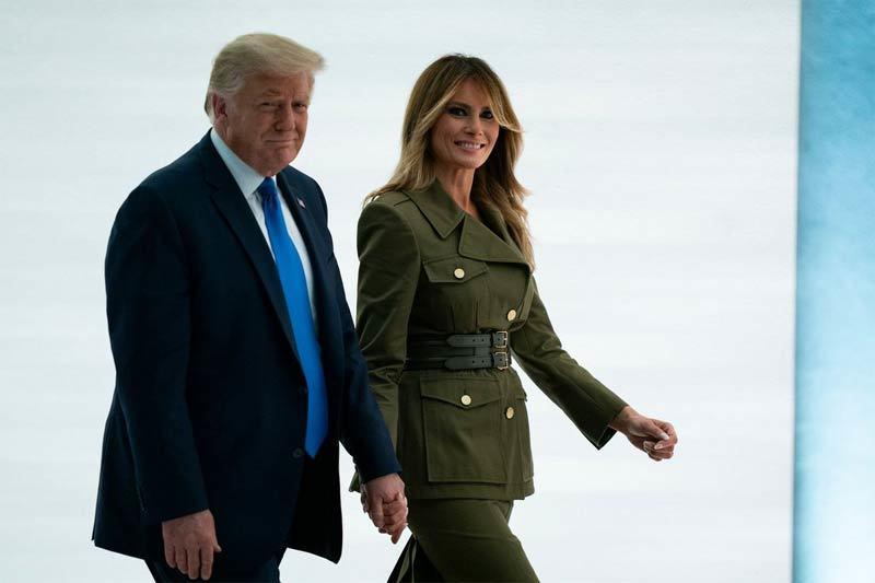 Bà Trump bất ngờ đi vận động tranh cử cùng chồng