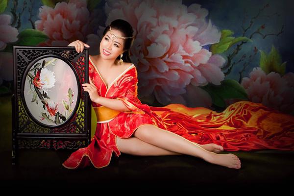 CEO Khuất Ánh Tuyết - gần 3 thập kỷ chia sẻ bí quyết đẹp toàn diện