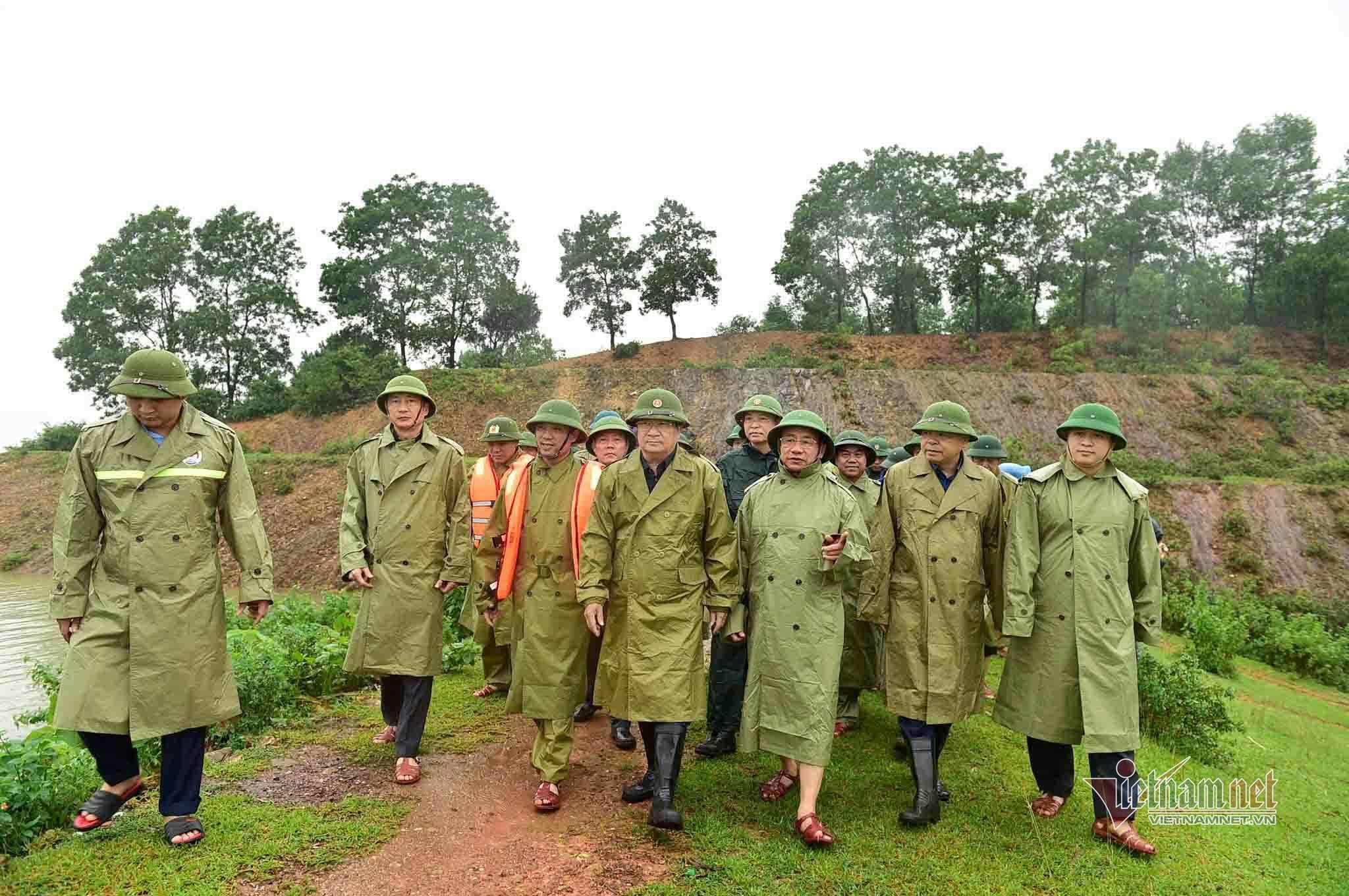 Phó Thủ tướng Trịnh Đình Dũng: Hà Tĩnh đã vận hành hồ Kẻ Gỗ đúng quy trình