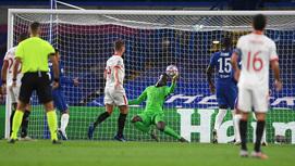 Mendy cứu thua xuất sắc, Chelsea cưa điểm Sevilla