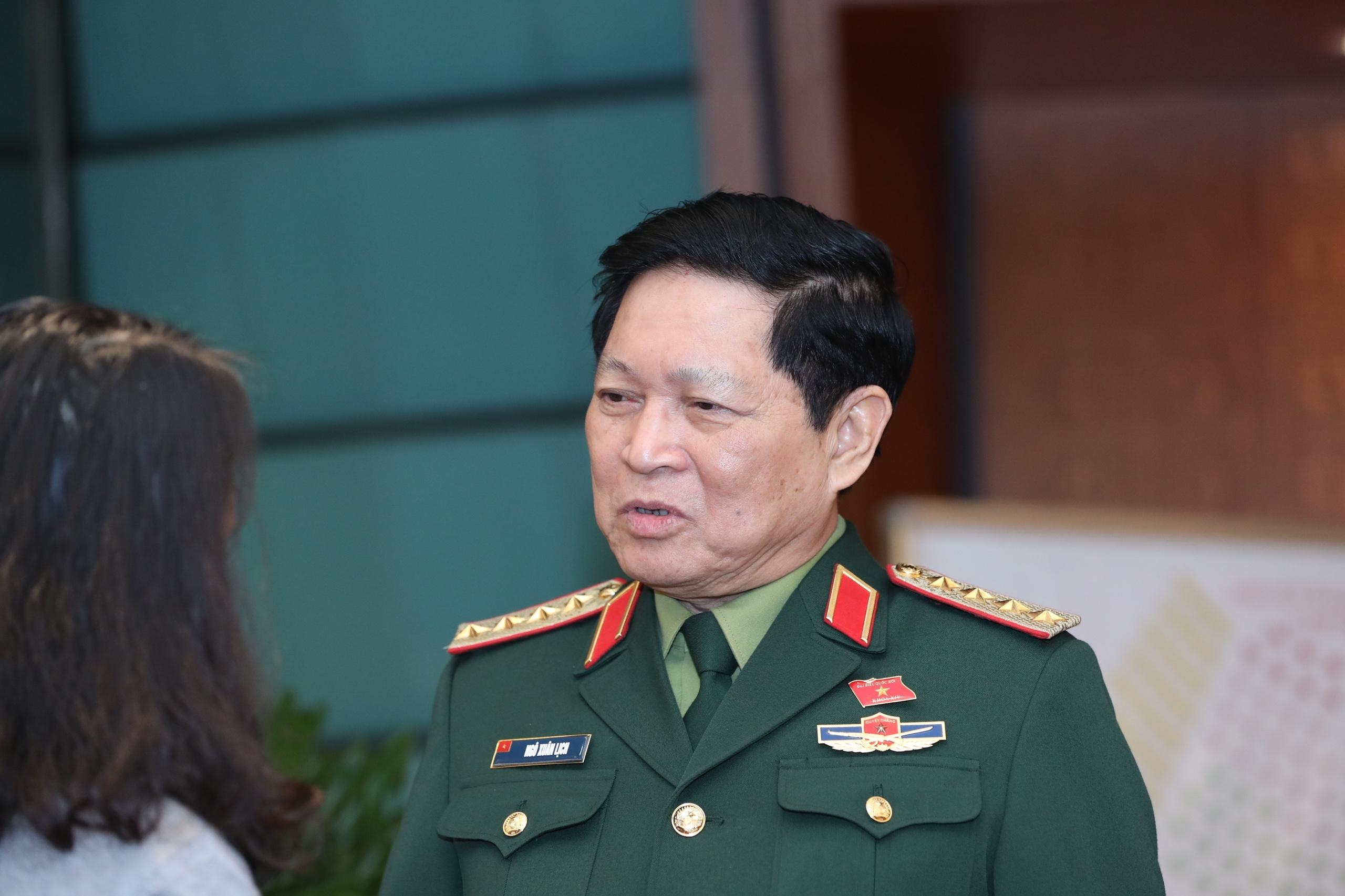 Bộ trưởng Quốc phòng chia sẻ về sự mất mát sau hai vụ sạt lở ở miền Trung