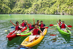 Kayaking in Ba Hang Village: A leisurely way to discover Quang Ninh's landscape