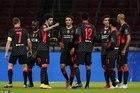"""Liverpool được Ajax """"dâng"""" 3 điểm"""