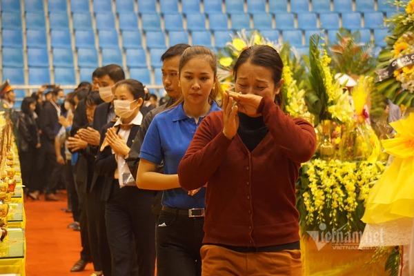 Tiễn đưa 22 cán bộ, chiến sĩ hy sinh ở Quảng Trị