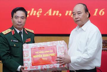 Thủ tướng gửi thư động viên cán bộ, chiến sĩ toàn quân
