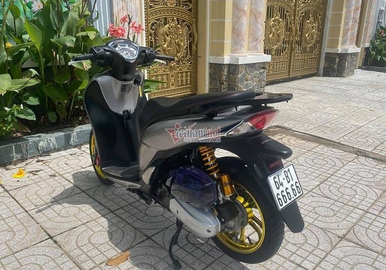SH Mode biển VIP giá hơn 200 triệu của thầy giáo Vĩnh Long